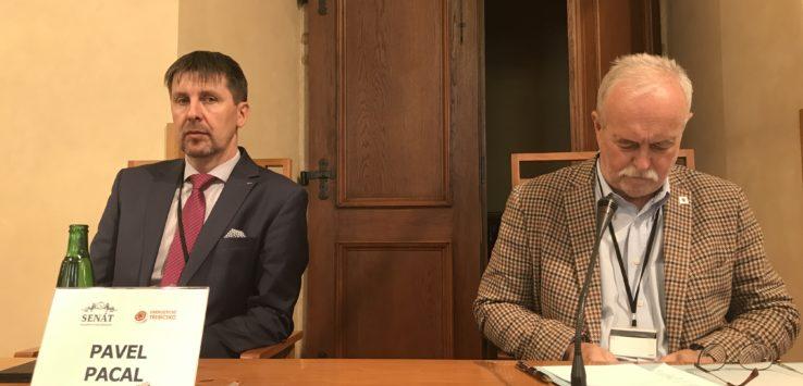 Náměstek pro regionální rozvoj Pavel Pacal opětovně potvrdil, že Kraj Vysočina podporuje výstavbu nových jaderných bloků v Dukovanech.
